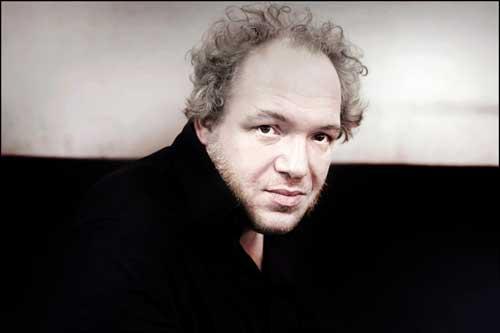 Mathias-Enard©Melki2012bisRED-500px