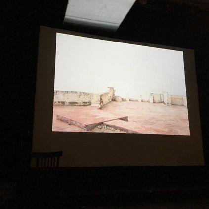Christine Guinard - lecture avec photos - par Aurore Claverie. #midiminuitpoesie